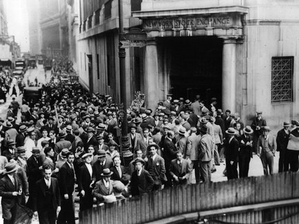 cause of the great depression the great depressiongenerally speaking, there is not one answer for the cause of the great depression, there are a ton of factors concerning why such a prosperous economy came